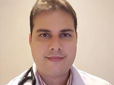 Médico que fez prova internado na UTI se torna especialista em cardiologia